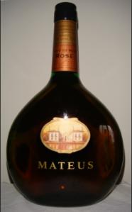 mateus-bottle